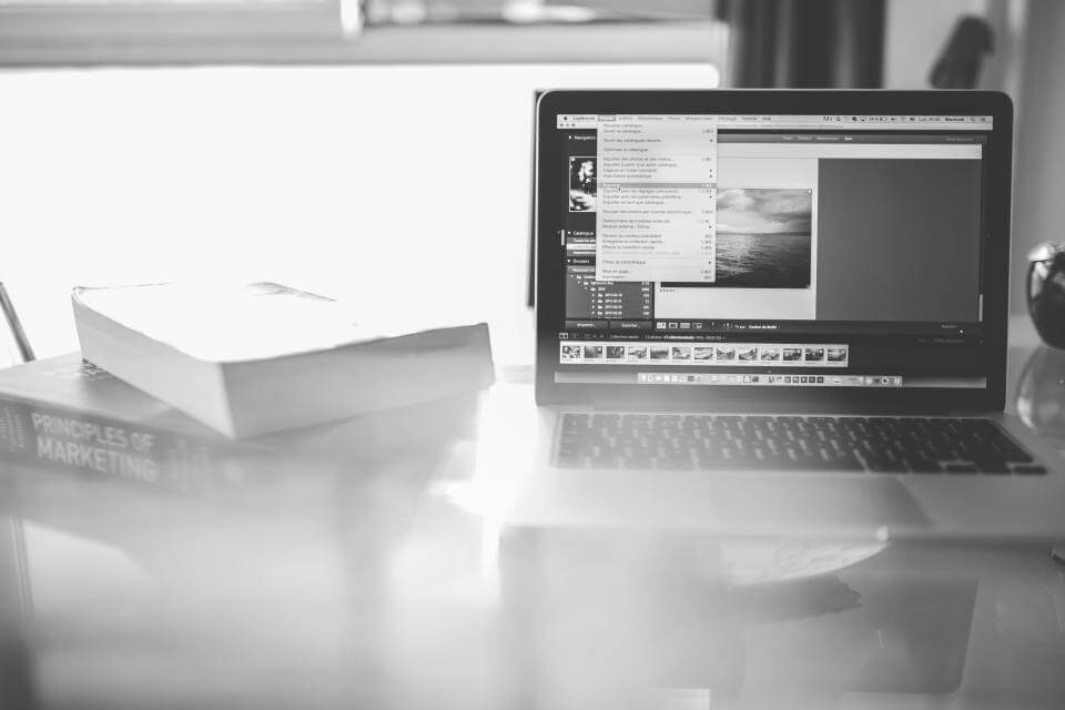 How to Create a Visually Appealing Freelance Portfolio Website that Converts Customers