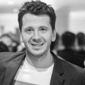 start-business-advice-vasil-azarov-startup-socials