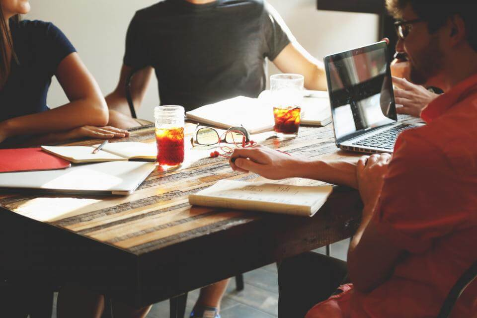 validate-business-idea-target-market-conversations
