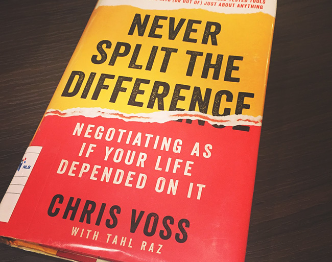 Best Business Books Never Split the Difference Chriss Voss