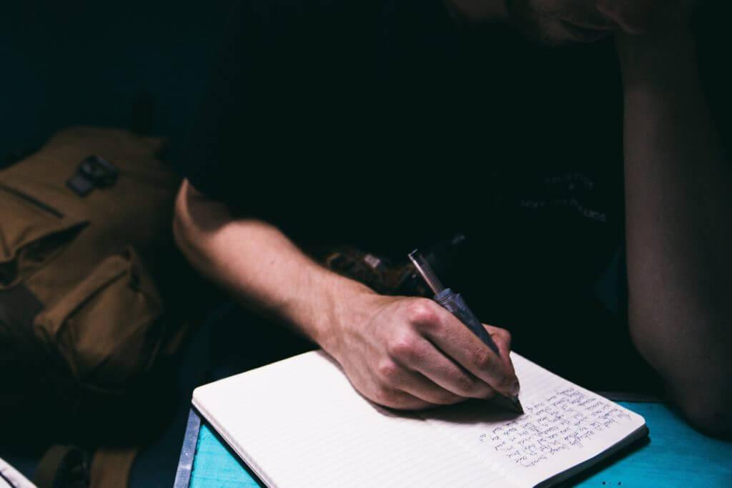 Migliori idee imprenditoriali Ammissione al college Saggio Tutor Freelance