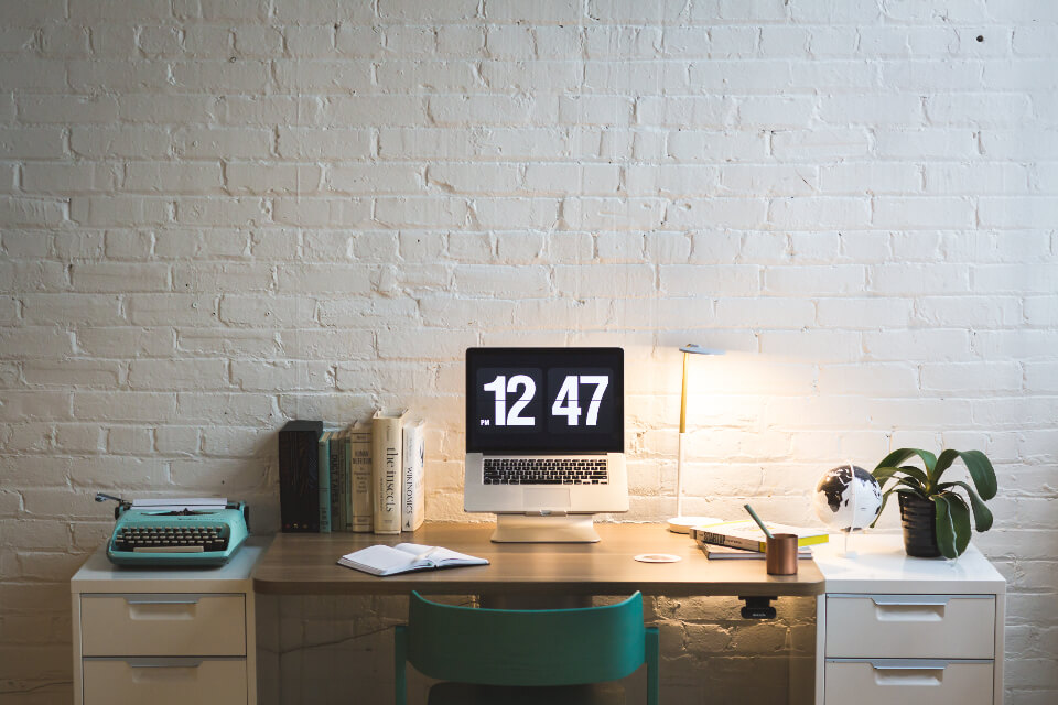 Create a Regular Publishing Schedule (Photo of Desk Set Up for a Blogger)