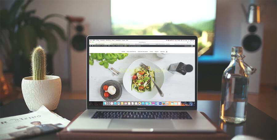 Come creare un esempio di progettazione di una pagina Web e uno screenshot