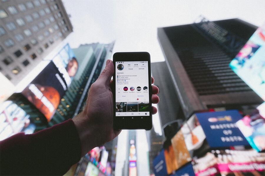 Instagram على iPhone للحصول على المتابعين ودفع الحركة إلى مدونتك