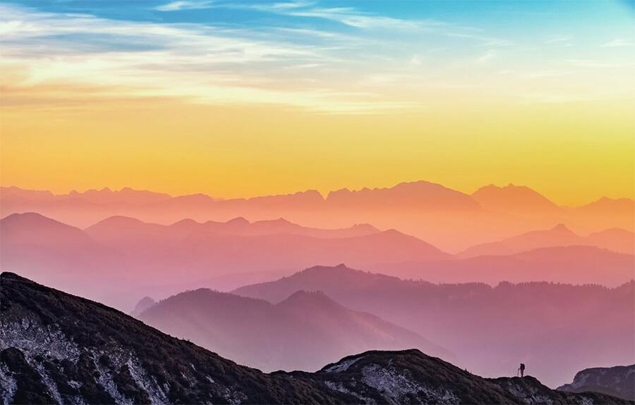 التقاط صور جميلة لمدونة السفر الخاصة بك (المناظر الطبيعية للجبال والمتنزهين)