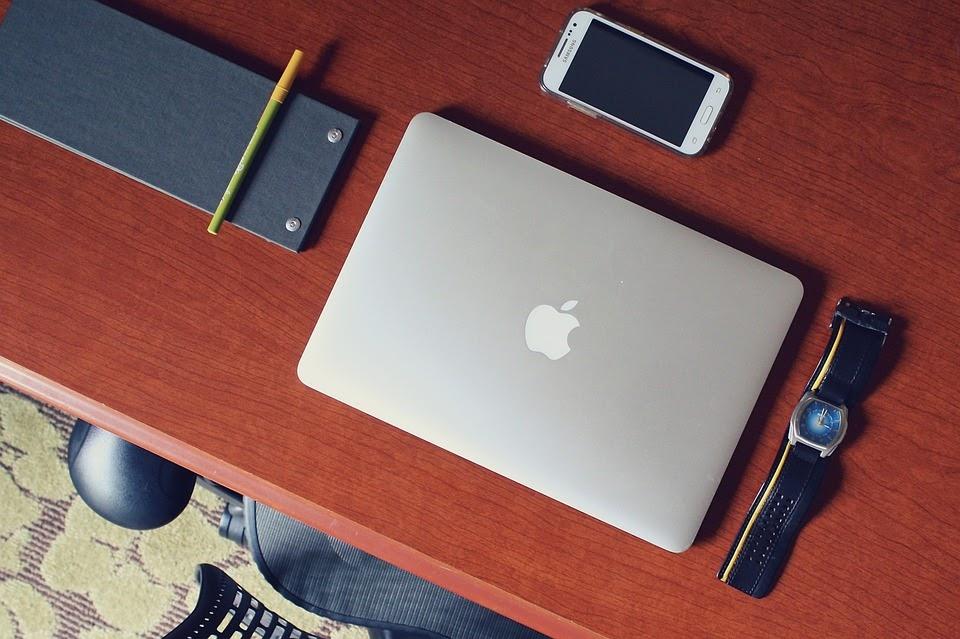 الأدوات والعتاد الذي ستحتاجه لكي تصبح مدونًا للسفر
