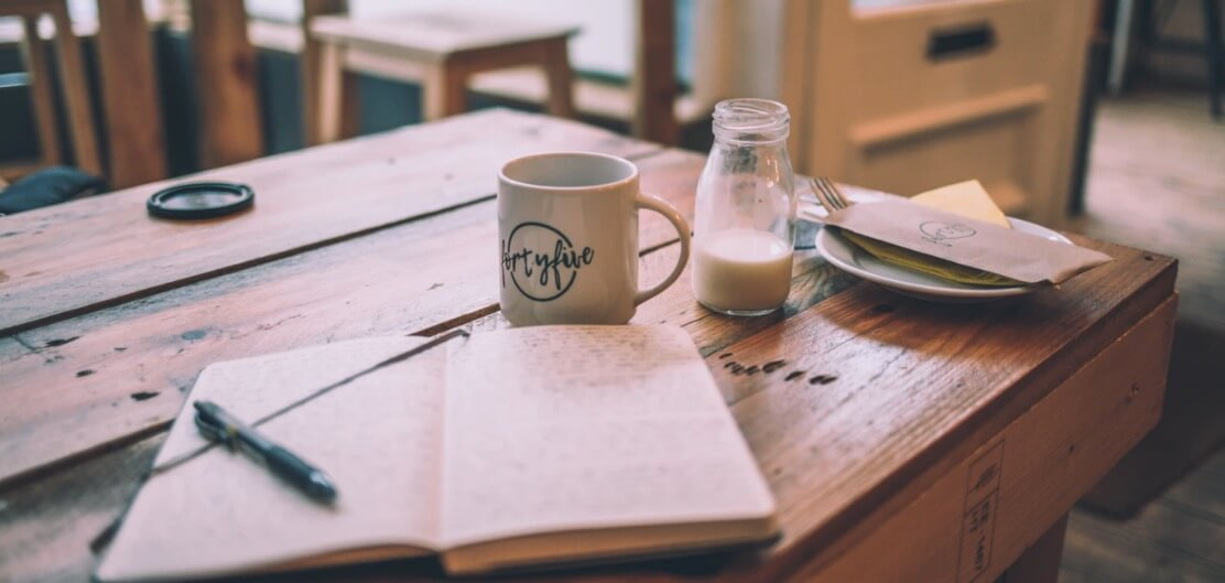 How to Identify Good Blog Topics to Write About (Stock Image)